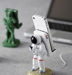 astronaute-porte-smartphone